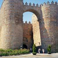 Главные ворота Авилы.
